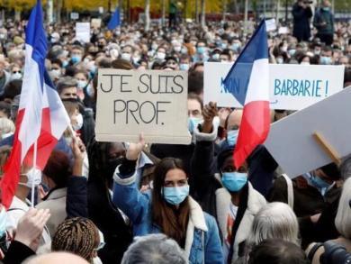 沈孝泉:巴黎一教师被斩首,恐怖阴影继续笼罩法国